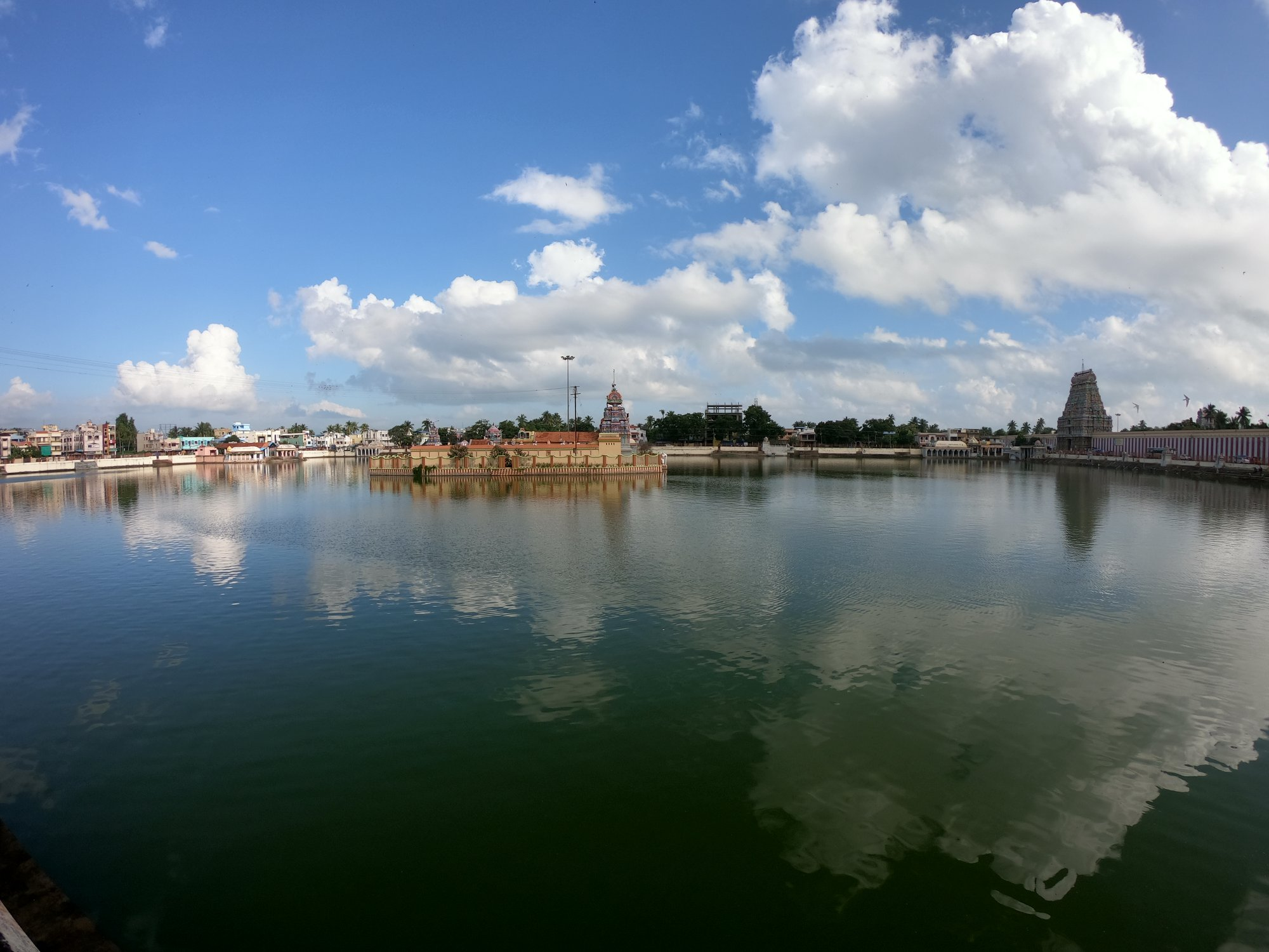 The Amazing Temple Tank at Thiruvarur Shiva Temple